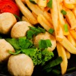 Potatoes fries and meat balls — ストック写真