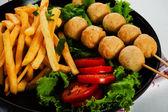 Potatoes fries and meat balls — ストック写真