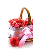 Roses Bunch in the Basket — Stock Photo