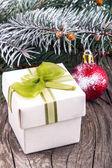 Juldekorationer och presentförpackning i trä — Stockfoto