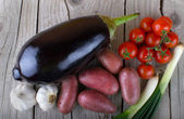Fresh Organic Vegetable on wood — Foto Stock