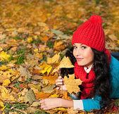 žena podzim — Stock fotografie
