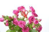 Roses bouquet with red heart — Stockfoto