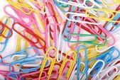Kolorowe spinacza do papieru — Zdjęcie stockowe