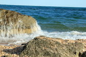 Summer sea landscape, sea, rocks, sand, beach — Stock Photo