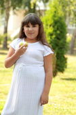 Cute girl at a picnic — Стоковое фото
