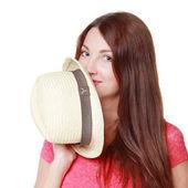 Kobieta w sukni jasne i kapelusz — Zdjęcie stockowe