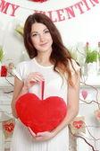 Ragazza nel giorno di san valentino in — Foto Stock