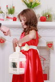 Little girl on Valentine Day — Stockfoto