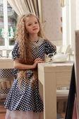 Girl at tea — ストック写真