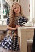 Girl at tea — 图库照片