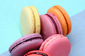 Six Tasty sweet colorful macarons — Stock fotografie