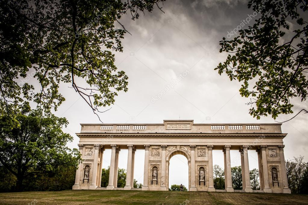 Colonnade Reistna, a neoclassical landmark and a viewpoint above the city of Valtice (South Moravia, Czech Republic) — Stock Photo #12427575