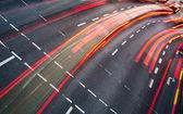 Beweging wazig stad wegverkeer (afgezwakt kleurenafbeelding) — Stockfoto