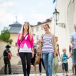 ストック写真: Women sightseeing in Prague