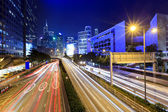 Traffic in Hong Kong at night — Stockfoto