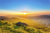 Majestic sunset in mountains, Hong Kong. — Stock Photo