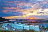 Oil tanks at sunset in Hong Kong — Stock Photo