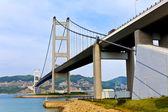Pont dans la ville moderne — Photo