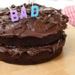 Huisgemaakte chocolade taart — Stockfoto #13990977