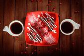Postre de pastel de chocolate de navidad con granada y café — Foto de Stock