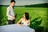 Romantic unusual wedding outdoors of loving couple in gym shoes — Stock Photo