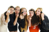 Girlfriends Make Up — Stock Photo
