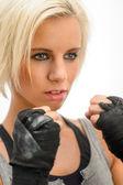 Kickbox blond woman ready to fight — Stock Photo