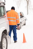 Man helping woman car breakdown assistance snow — Stock Photo