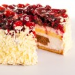 Cottage cheese cake red berries and almonds — Stok fotoğraf