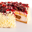 Cottage cheese cake red berries and almonds — Stock Photo