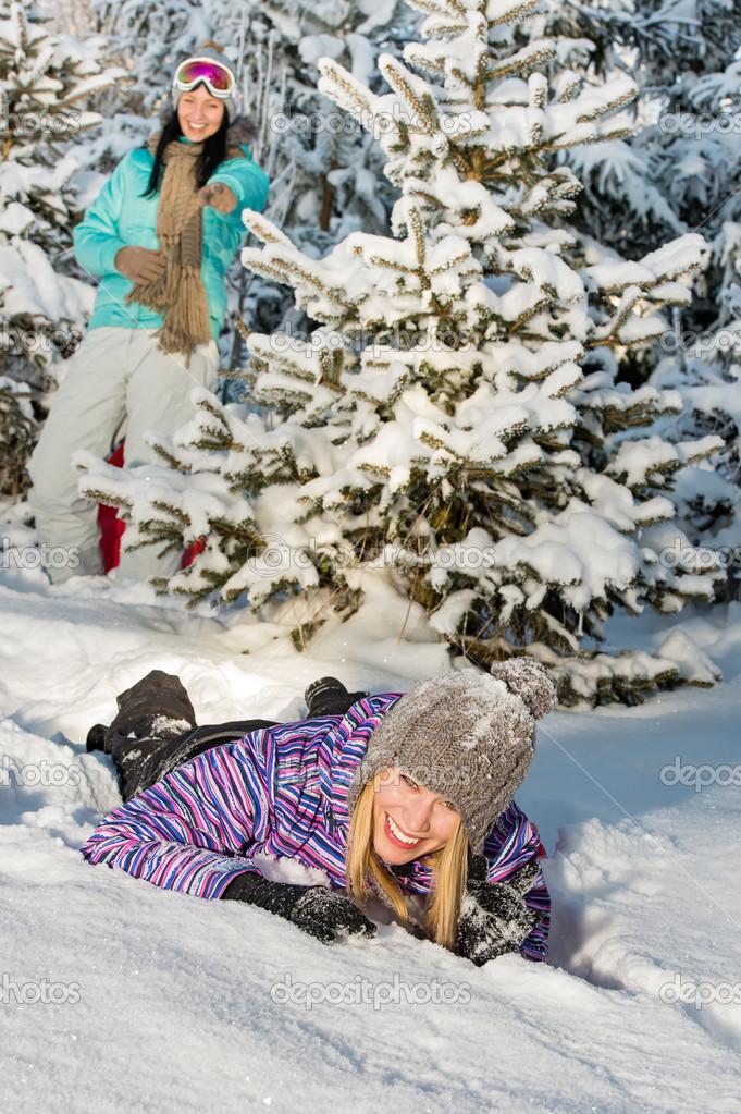Фото подружек зимой 17 фотография