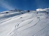 Bir dağı'nda kayak rotalar — Stok fotoğraf