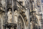 Statues at the gothic Cathedral of Aachen — Zdjęcie stockowe