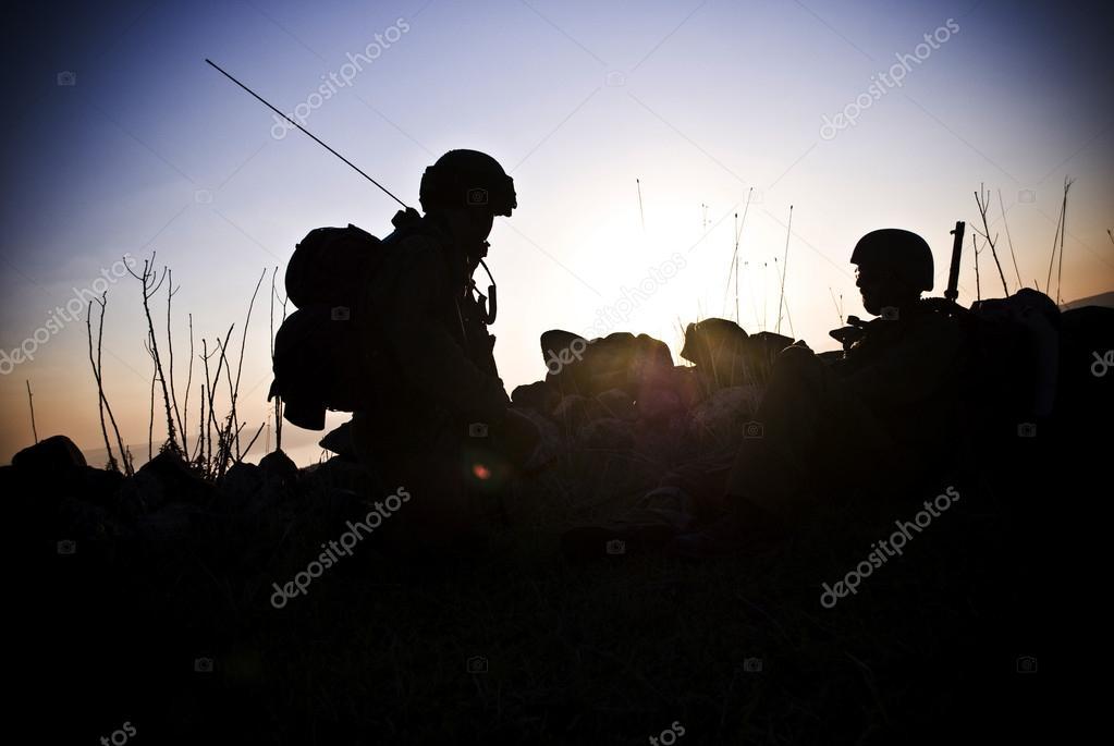 фото силуэта солдата
