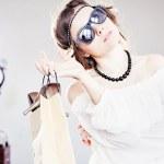 Fashion girl with shopping — Stock Photo