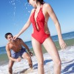 Couple Enjoying Beach Holiday — Stock Photo