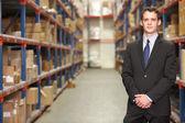 Retrato de gerente en almacén — Foto de Stock