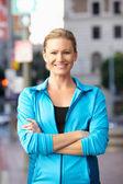Retrato do corredor feminino na rua urbana — Foto Stock