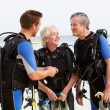 Senior Couple Having Scuba Diving Lesson With Instructor — Stock Photo