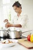 Woman Cooking Meal — Stock Photo