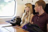 Young couple traveling — Stock Photo