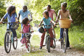 Family On Cycle Ride — Stockfoto