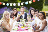 Friends Enjoying Outdoor Dinner Party — Stok fotoğraf