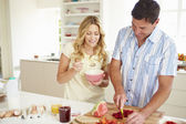 Couple Preparing Healthy Breakfast — Stock Photo