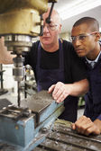 Engineer Teaching Apprentice — Stock Photo