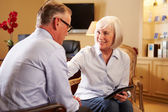 Man Talking To Female Counsellor — Stock Photo
