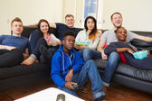 Friends Watching Television — Stock Photo