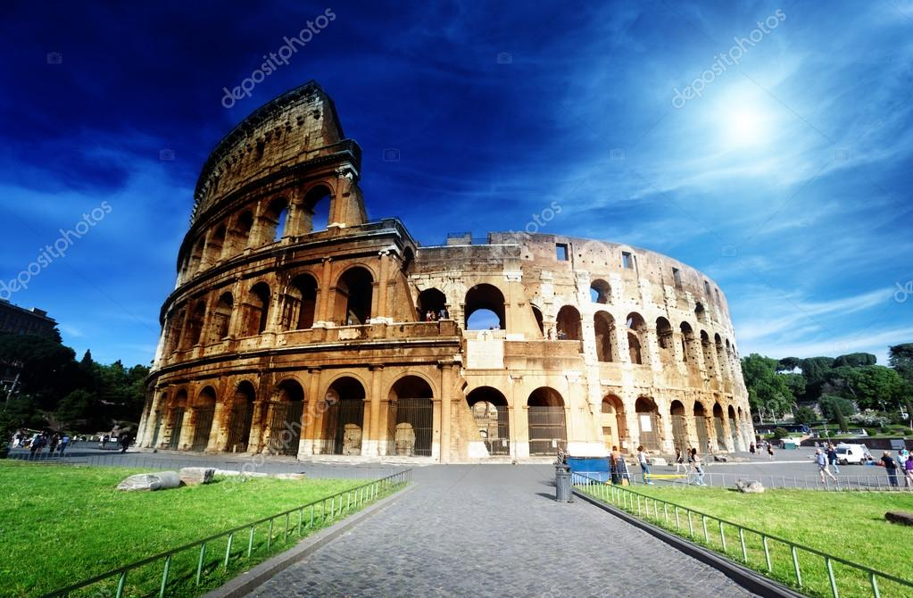 Colosseum in Rome, Italy — Stock Photo #12463074