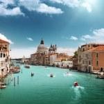 Canal Grande och basilikan santa maria della salute, Venedig, Italien — Stockfoto